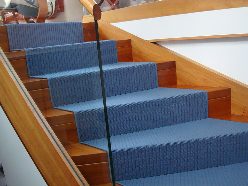 Awesome Teppichstufen Für Treppen Photos - Einrichtungs & Wohnideen ...