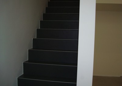 Linoleum aud Stufen 05: Stufen mit Linoleumbelag