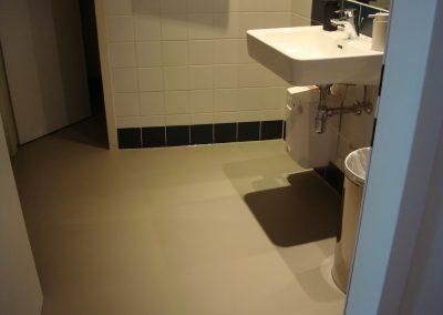 Marmoleum UNI auf Boden und Wand