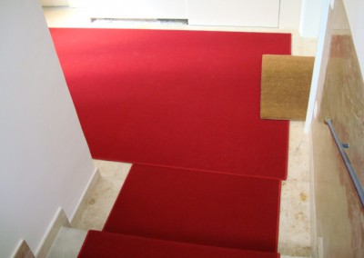 Rote Teppichstufen 08