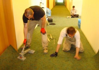Teppich in Seniorenresidenz 09 - Verbindung der Nähte