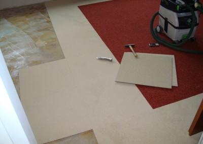 Teppichfliesen im Schlafzimmer 01: Verlegung nach Untergrundvorbereitung