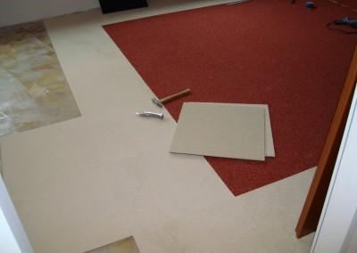 Teppichfliesen im Schlafzimmer 02: Zuschnitt der Teppichfliesen