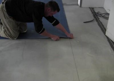 Video: Verlegung von 2-Farben-Linoleum